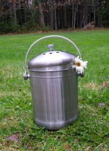 Compost binHollie